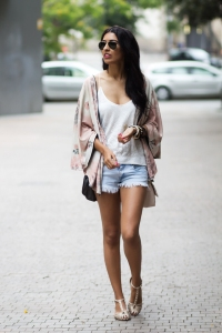 Kimono-Shorts-Look-Sissy-a-al-Mode-2